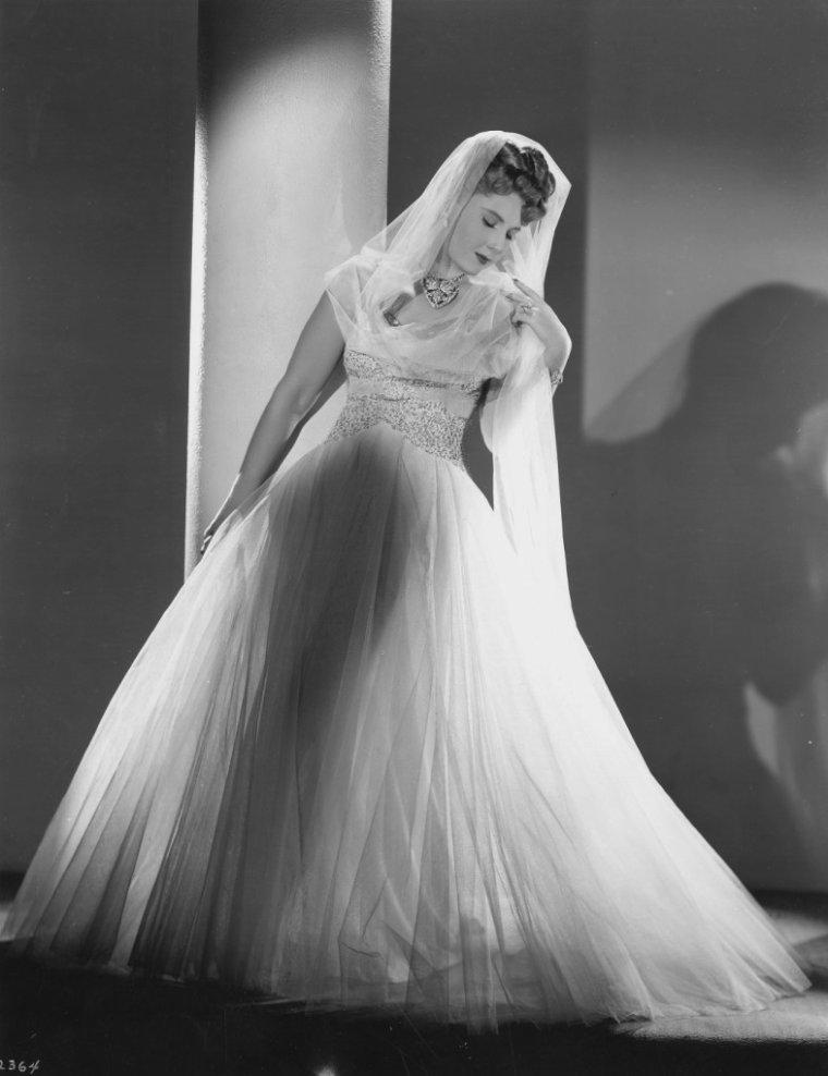 Marina KOSHETZ (6 Août 1912 / 9 Décembre 2000)