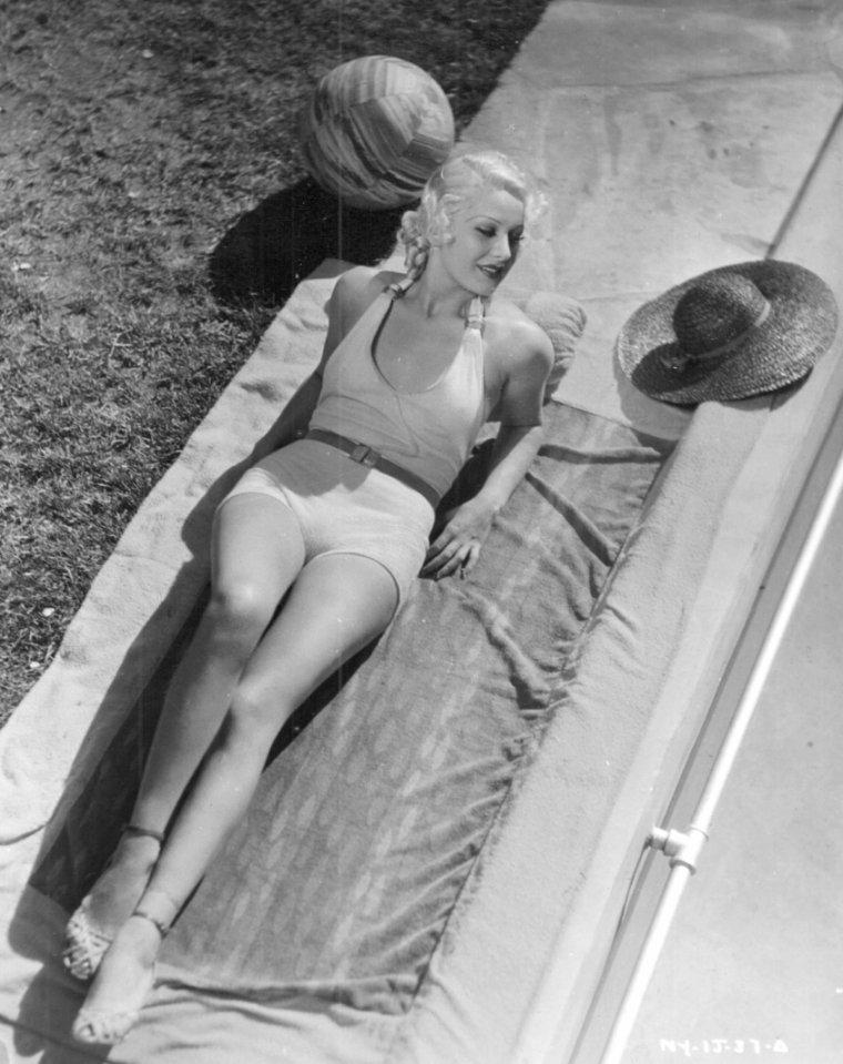 Hazel FORBES (26 Novembre 1910 / 19 Novembre 1980)