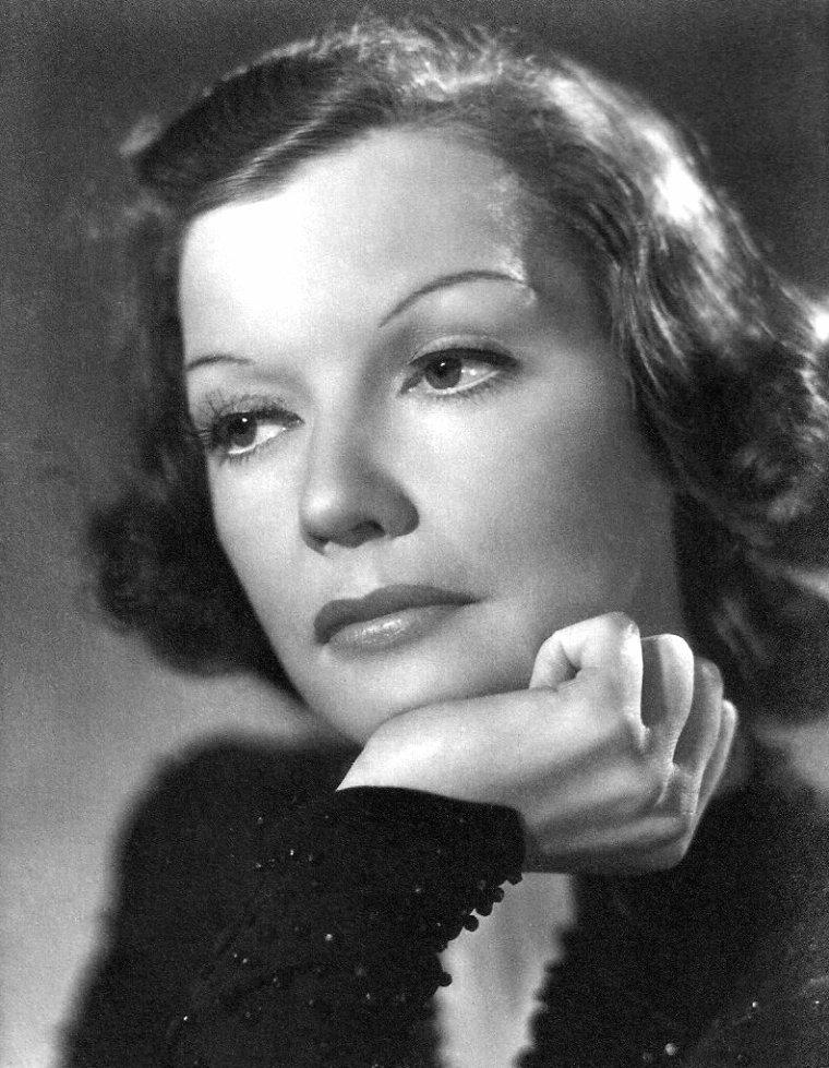 Kirsten HEIBERG (25 Avril 1907 / 2 Mars 1976)