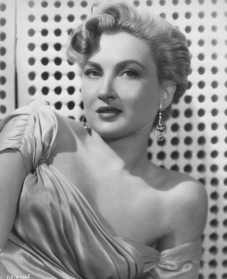 Carol OHMART (3 Juillet 1927)