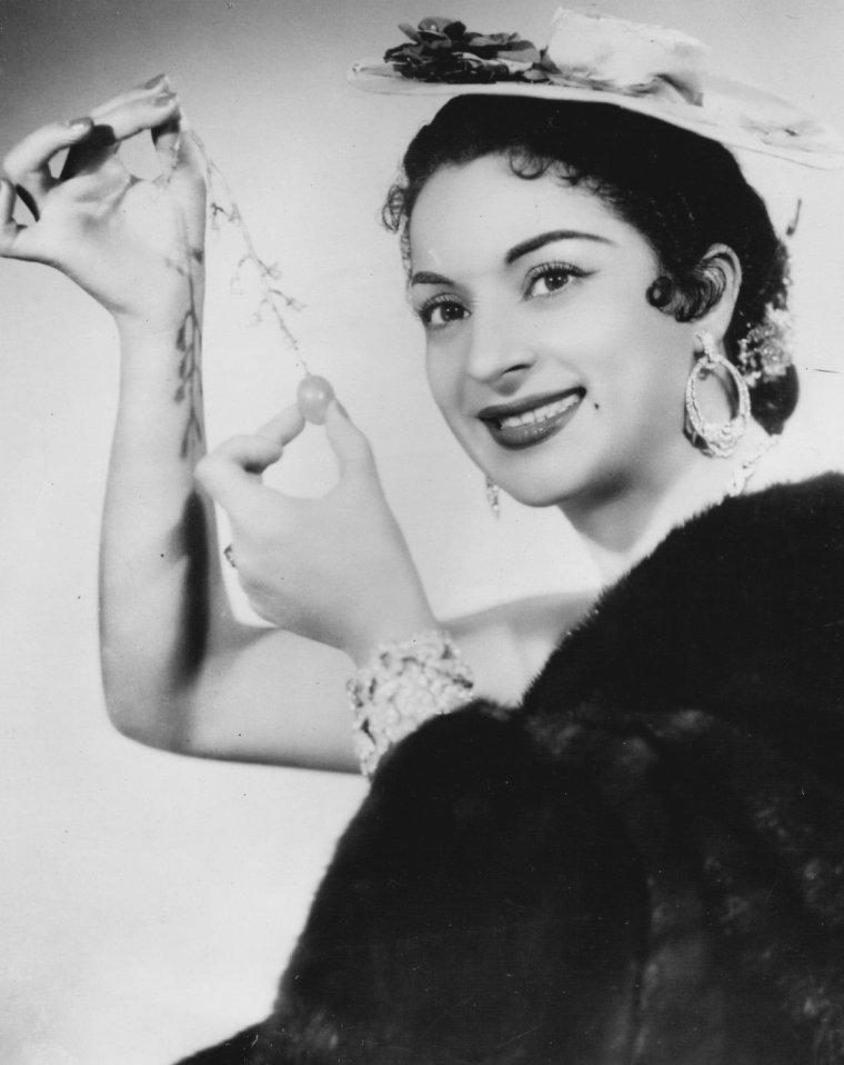 Lola FLORES (21 Janvier 1923 / 16 Mai 1995)