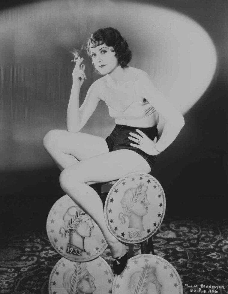 Monica BANNISTER (8 Septembre 1910 / 17 Juin 2002)