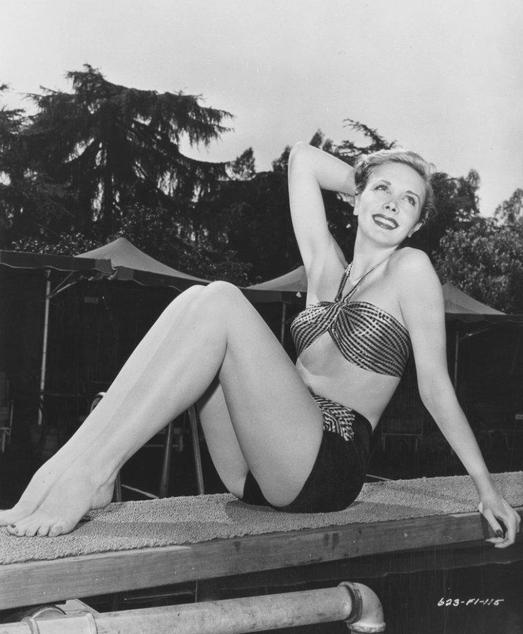 Mary MEADE (24 Novembre 1923 / 10 Décembre 2003)