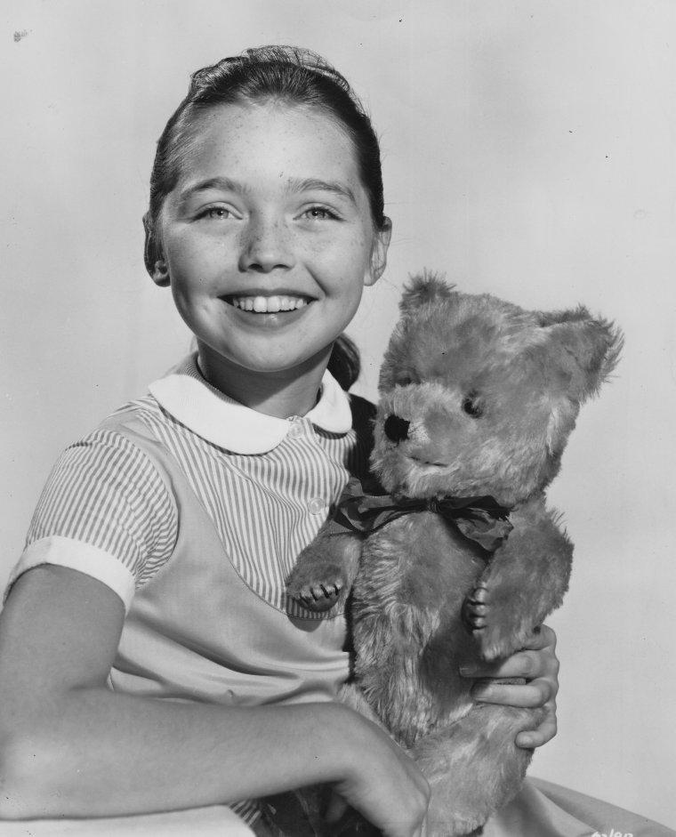 Janina FAYE (1948)