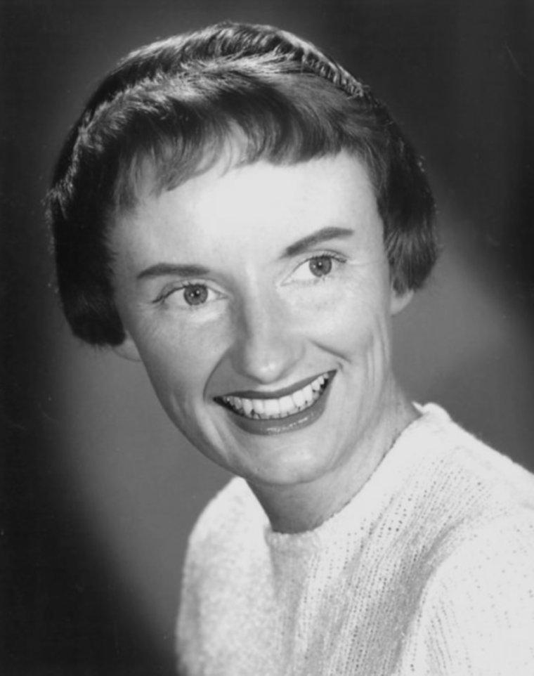 Phyllis DILLER (17 Juillet 1917 / 20 Août 2012)