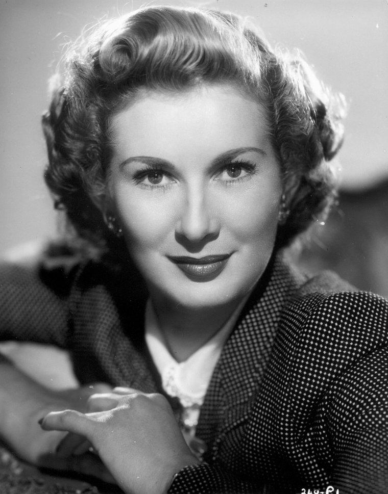 Dinah SHERIDAN (17 Septembre 1920 / 25 Novembre 2012)