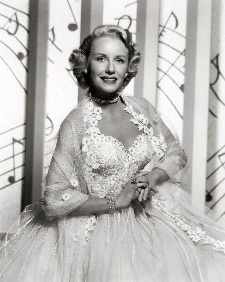 Lucille NORMAN (15 Juin 1921 / 1er Avril 1998)
