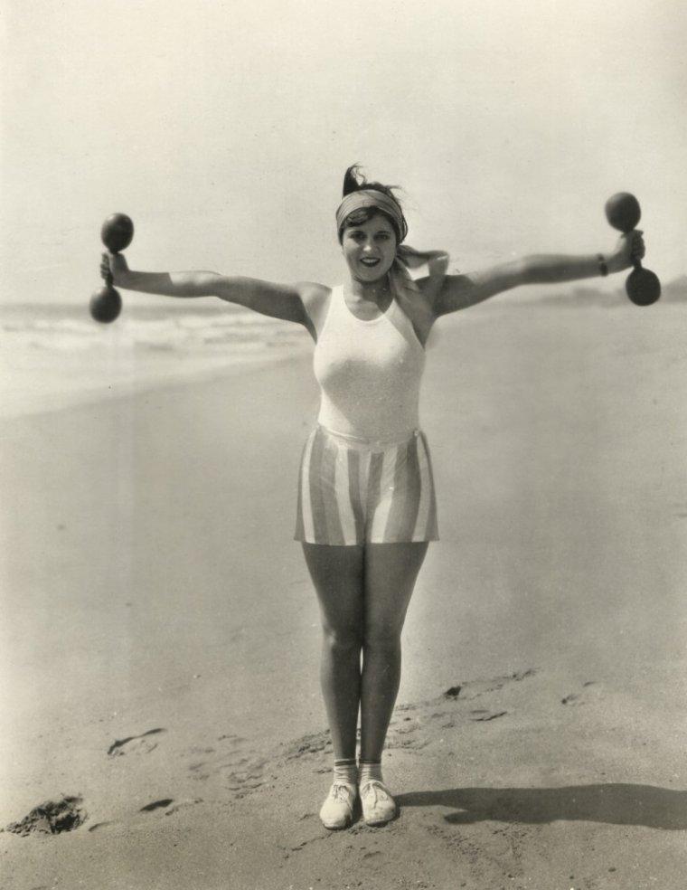 Dorothy GULLIVER (6 Septembre 1908 / 23 Mai 1997)