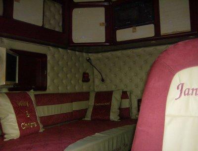 Scania longline interieur blog de chauffeur camion974 for Interieur scania longline
