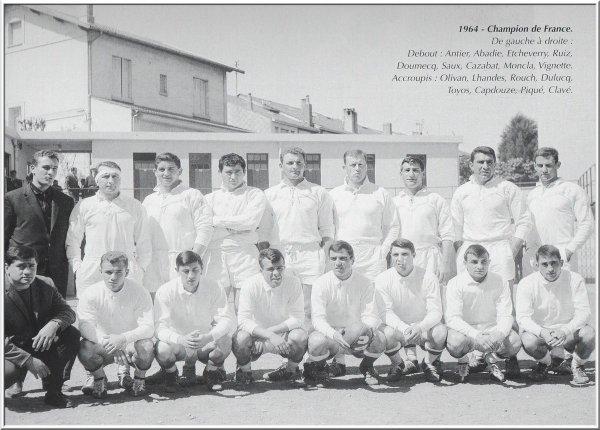 L'équipe Championne de France en 1964