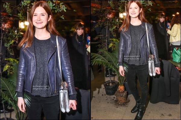 - 15 Octobre 2014 : Bonnie s'est rendue toute souriante à l'ICA Live Event. -