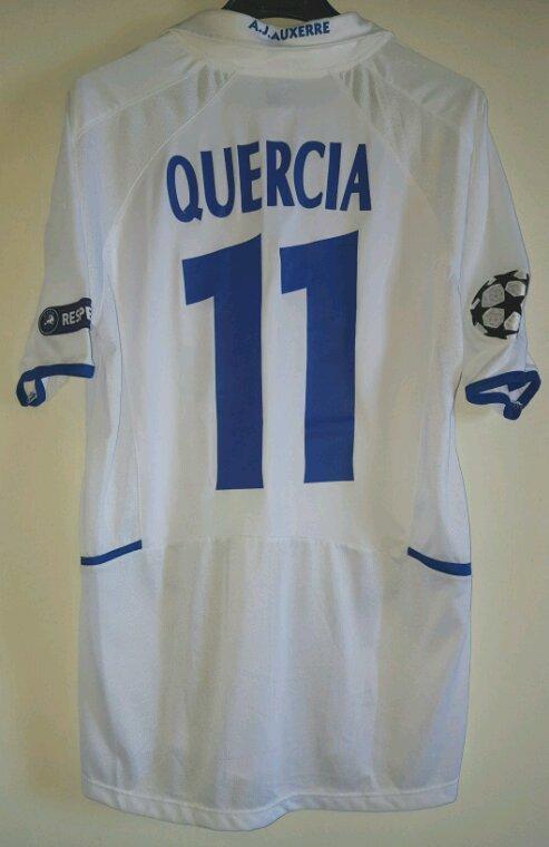 Julien Quercia N°11 avec L'AJ Auxerre.