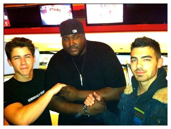 Joe et Nick bowling+KDC+tourné 2011+frankie