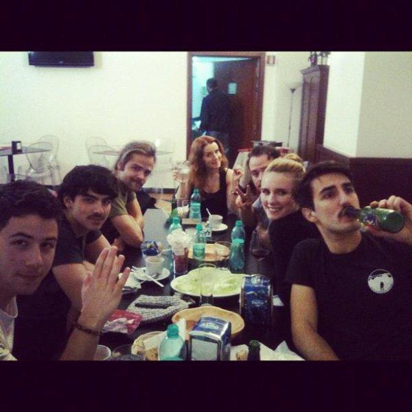 Joe.tweet+tte.photo.EMA.JB.VIDEO+italie.JB