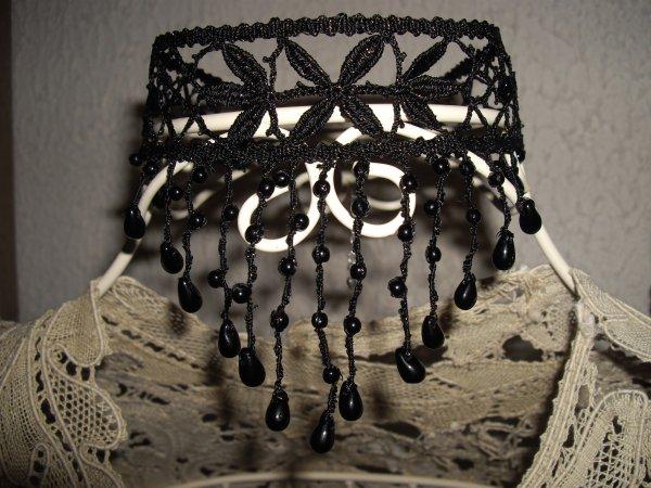 """COLLIER  perlé de Babeth (modèle """"dentelle de Magalie"""")"""