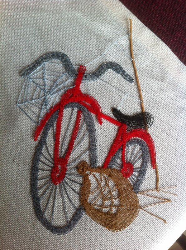 FRANCINE : à bicyclette   , une version sympa de la série pour les adeptes de vélo