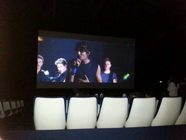 Film concert à Milan rediffusé sur grand écran !! 11et 12 octobre