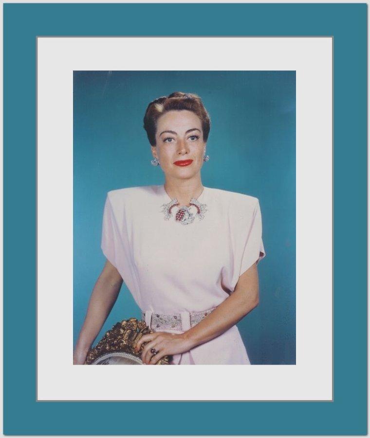 Joan CRAWFORD // Elle revient triomphale à la MGM en 1953 ...