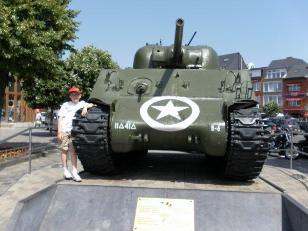 (l) 10.07.2010 place de Bastogne (l)