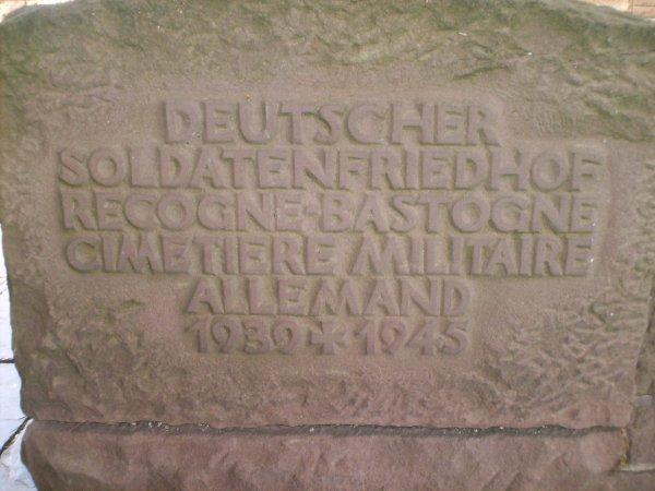 (l) 10.07.2010 Cimetière militaire Allemand à Recogne (l)
