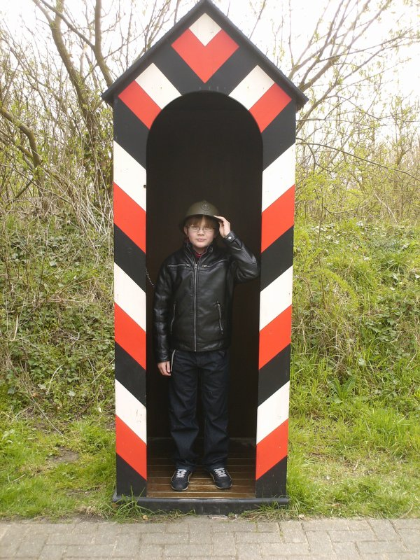 (l) Musée en plein air du Mur de l'Atlantique à Ostende le 13-04-2012 (l)