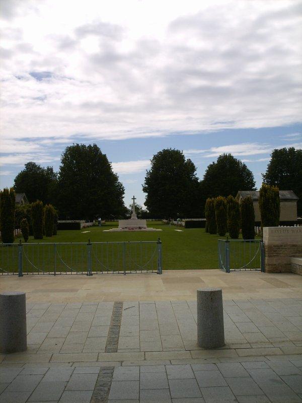 ☆ Le Cimetière Britannique De Bayeux Le 01.08.2012 ☆
