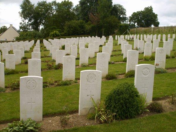 ☆ Cimetière Militaire De Brouay Le 01.08.2012 ☆