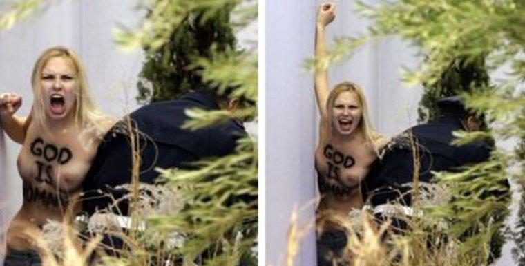 Une militante des Femen a exhibé ses seins nus le jour de Noël sur la crèche de la place Saint-Pierre...