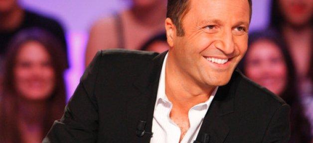 """Dans """"Les enfants de la télé"""" sur TF1, Arthur recevra ce soir Michel Cymes, Christophe Willem, Karine Le Marchand..."""