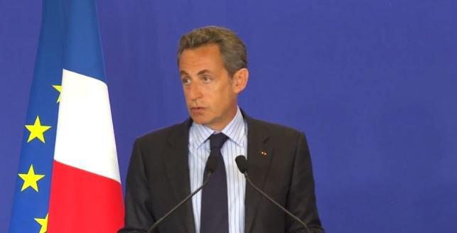 """Attentat à Charlie Hebdo : Nicolas Sarkozy parle d'une """"tragédie nationale"""" ... Regardez !"""