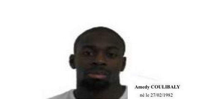 BFMTV a été en contact par téléphone avec Amedy Coulibaly et Chérif Kouachi, deux des terroristes...