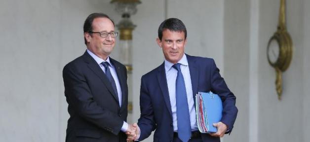 """Attentats de Paris: François Hollande et Manuel Valls """"à la hauteur"""" des événements pour 79% des Français..."""