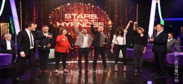 """Arthur leader des audiences hier soir sur TF1 en prime avec l'hypnose et à 23H35 avec """"Tout est permis""""..."""