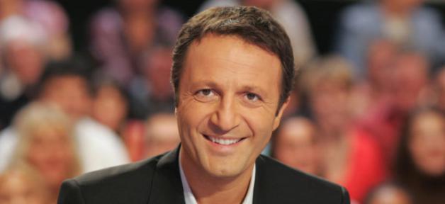 """""""Les enfants de la télé"""" de retour en prime sur TF1 le 13 février: Arthur recevra Jenifer, Dubosc, Foucault..."""