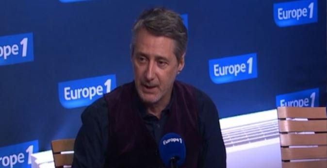 """Antoine de Caunes: """"Bien sûr que j'ai envie de faire une année de plus à l'animation du grand journal"""" sur Canal+..."""