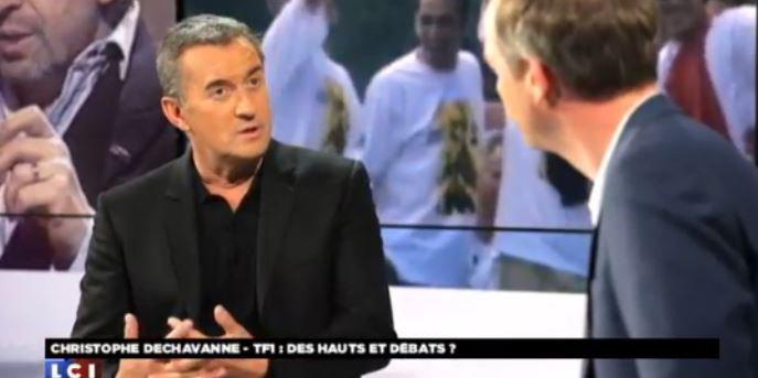 """Christophe Dechavanne révèle qu'il prépare une émission avec TF1 à l'esprit de """"Coucou c'est nous""""... Regardez !"""