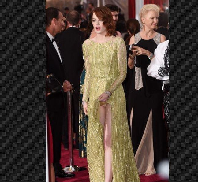 La culotte de Emma Stone cette nuit sur le tapis rouge des Oscars 2015... Regardez !