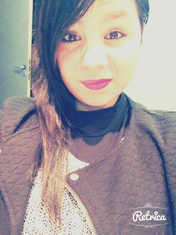 -›  e para aqueles que te querem ver mal, apenas sorri.