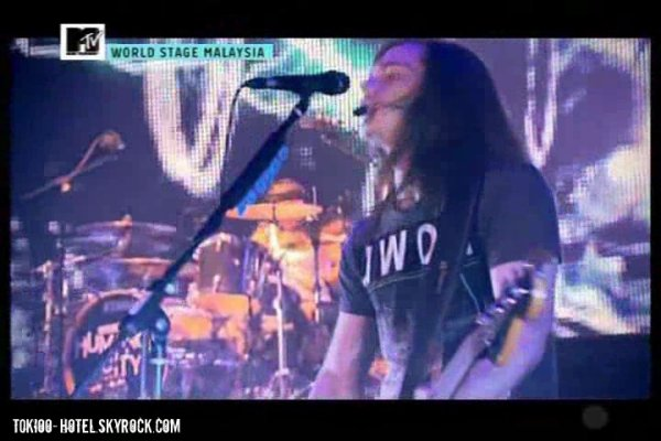 MTV World Stage Malaisie 2010  Kuala Lumpur performance (31.07.10)
