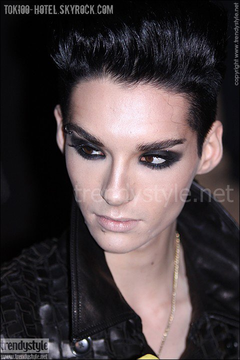 Bill @ Z-Zegna Fashion Show, Milan (19.1.2010)