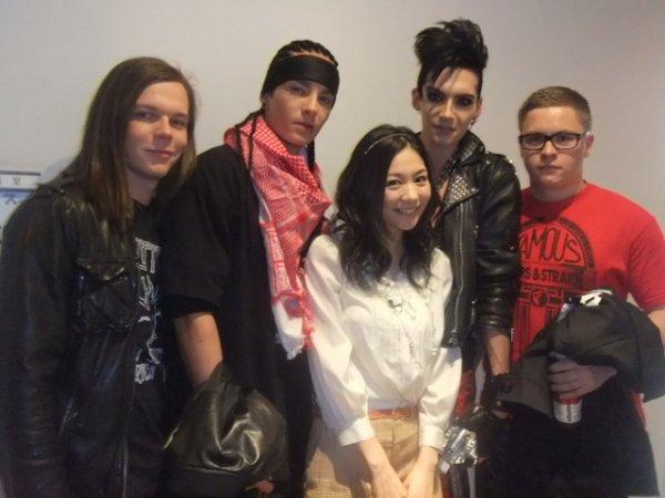 Sukkiri!! backstage - Tokyo, Japon (09.02.11)
