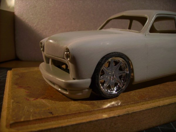 FORD 1949 COUPE - AMT - TRANSFORMATION 4