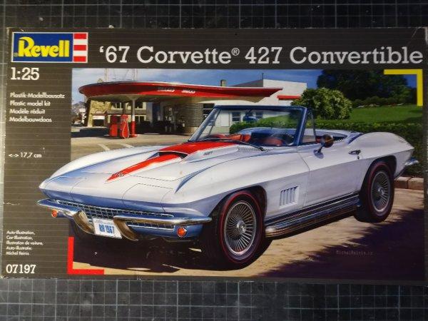 '67  CORVETTE 427 CONVERTIBLE - REVELL - PRESENTATION