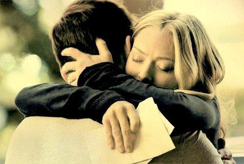 """""""Je ne sais pas pourquoi je t'aime, mais je suis prête à t'aimer quand même!"""""""
