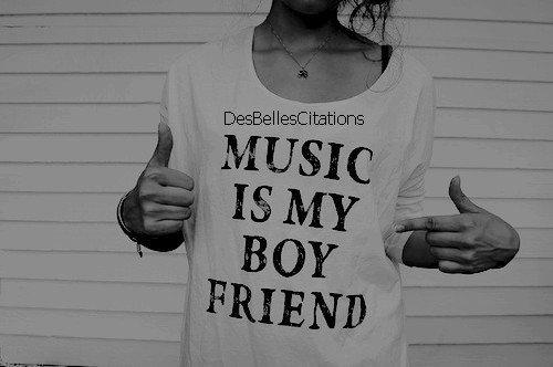 """""""Sans la musique, la vie serait une erreur."""" Friedrich Nietzsche."""