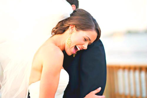 """""""L'amour est comme le rire. C'est un réflexe contre lequel on ne peut rien."""" -  Thierry Cohen"""