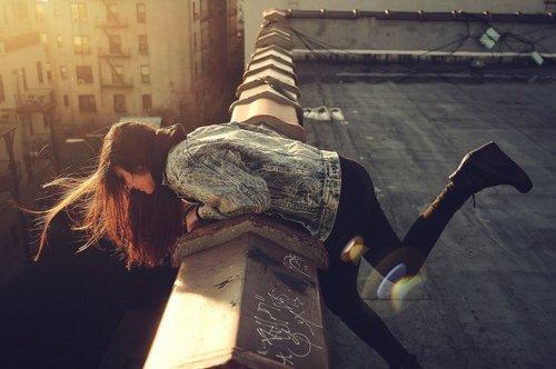 """""""Tout le monde connait des échecs au cours de sa vie, mais c'est lorsqu'on est incapable  de se relever après l'un d'eux que survient le problème"""" -  Patrick Swayze"""