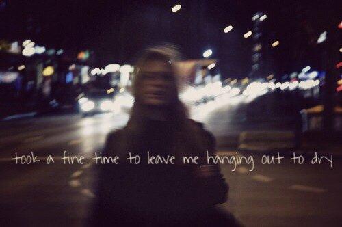 Je dois vraiment aimé me fracasser la gueule, pour continuer à courir après toi,  continuer à croire à un avenir avec toi, continuer à te laisser avoir une emprise sur moi