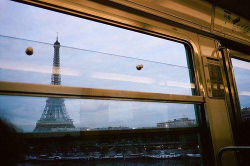 """""""Rester c'est exister, mais voyager c'est vivre.""""-  Gustave Nadaud"""