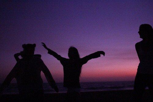 La vie c'est, dans un même instant, lâcher prise et tenir bon.